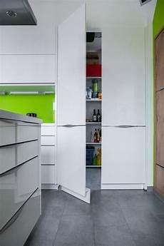 küche mit versteckter speisekammer schrank sonderl 246 sungen begehbar oder klassisch kieppe