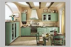 cucine francesi arredamento lo stile francese in cucina con le antine in legno