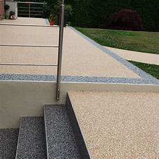 Escaliers Et Terrasse En Moquette De Marbreline En