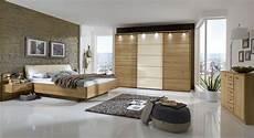 Schlafzimmer Komplett In Eiche Teilmassiv Mit Schwebebett