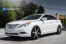 2013 hyundai sonata 22 quot lexani wheels r four custom
