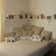 Bedroom Bedroom Ideas For Small Rooms by Cozy Small Bedroom Tips 12 Ideas To Bring Comforts Into