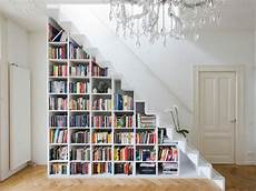 Regale Unter Treppe - regal treppe kluge idee f 252 r ihr zuhause