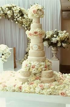 bespoke wedding cakes hall of cakes