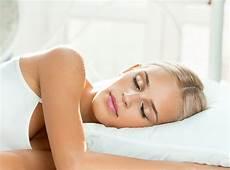 Warum Du Immer Auf Der Linken Seite Schlafen Solltest