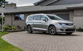 2018 Chrysler Pacifica  In Depth Model Review Car And