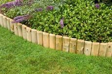 bordure de jardin en bois bordure bois 224 planter pas cher o 249 acheter vos bordures