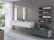 cosa prendere per andare in bagno bagno stretto e lungo consigli per l arredamento