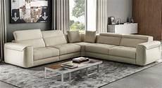 divani in i migliori divani in pelle da arredamenti meneghello