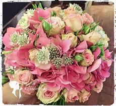 Brautstrauß Hortensien Und - brautstrau 223 aus hortensien und astrantia so sch 246 n