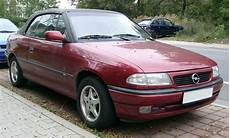 file opel astra cabrio front 20071002 jpg wikimedia commons