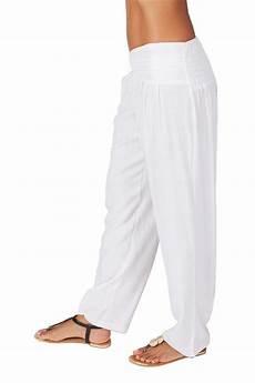 pantalon blanc a taille basse ethnique et original pour
