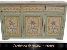 credenze dipinte credenze classiche in legno massello laccate e decorate a