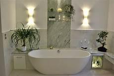 freistehende badewanne an die wand stellen elegantes badezimmer mit zarten gr 252 nt 246 nen walters traumb 228 der