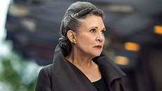 carrie fisher wars wars takes a big risk by adding carrie fisher to