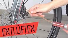 bremsen entlüften fahrrad shimano scheibenbremse entl 252 ften auff 252 llen hydraulik