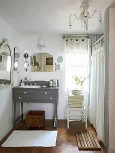 vintage bathrooms ideas living the anthropologie way of modern vintage