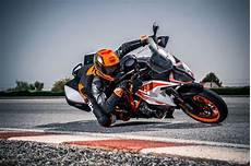 ktm 1290 duke gt 2018 2019 ktm 1290 duke gt guide total motorcycle