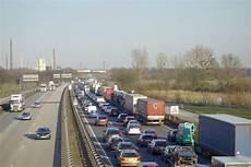 Lkw Verkehr Gibt Es Die Verkehrsh 246 Lle Hamburg