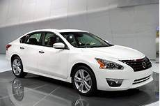 how do cars engines work 2013 nissan altima head up display 2013 nissan altima review interior exterior price engine the list of cars