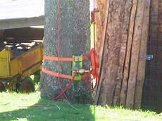 Materiel Elagage Arbre Abattage D Un Arbre En Auvergne Voiron Et Grenoble