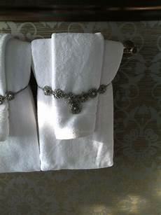 Bathroom Ideas Towels by Great Wallpaper And Towel Display Bathrooms