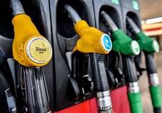 Pourquoi Les Prix Des Carburants Sont Repartis 224 La Hausse