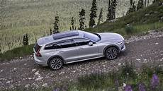 2020 volvo v60 cross country drive review small