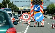 Autobahn Baustellen In Deutschland Sommer 2018