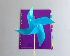 Windräder Basteln Für Draussen - schaeresteipapier ein buntes windrad f 252 r den garten diy
