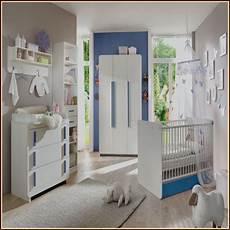 kinderzimmer streichen junge kinderzimmer blau gelb streichen babyzimmer house und