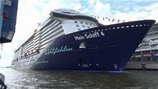 Mein Schiff 4 Am Cc Altona Nahe Vorbeifahrt Auf