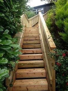 Gartentreppe Holz Gartenideen Mit Treppen Absch 252 Ssiger