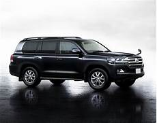 toyota land cruiser 200 facelifted toyota land cruiser 200 unveiled in japan w