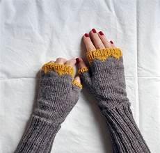 handschuhe stricken ohne finger pulsw 228 rmer stricken handschuhe stricken stulpen