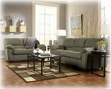 colors that go with sage green couch living room colors green couch decor living room