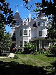 house in the charles h patten house