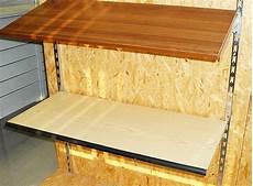 mensole a muro per garage produzione scaffali e scaffalature per arredamento locali