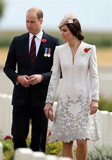 herzogin kate schwanger 2017 31 july 2017 william and kate attend the commemorations