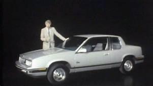 &187 1985 Oldsmobile Calais Manufacturer Promo