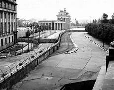 Berlin Wall 1961 Revolutionsarethelocomotivesofhistory