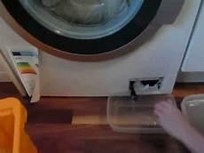 ablauf der waschmaschine defekt laugenpumpe reinigen