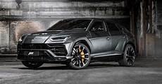 Lamborghini Urus Photo