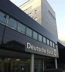 elenco banche tedesche deutsche bank esclude una israeliana dagli