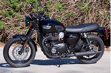 2017 triumph bonneville t100 black review times