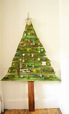unique diy wooden tree with knobs on pillar