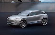 fe auto news hyundai s fe fuel cell concept previews next hydrogen suv