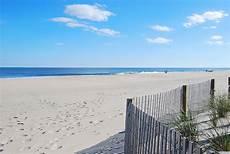 ocean city md vacation rental sails ii 401 ocean city 94th st to de line ocean city