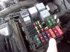 2000 chevy fuse box timthetech 2000 chevrolet c3500 5 7 wipers and ac inoperative