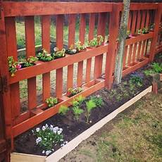 holzzaun selber bauen diy garden fence made from pallets fancy diy ideas for